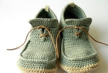 crochet inspiration and free patterns (head-foot-wear)