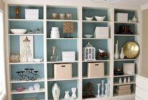 Shelves / Estanterías