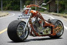 Motorcycles & Motocicletas