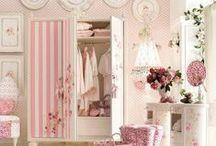 Adoro rosa / Simplesmente adoro rosa.