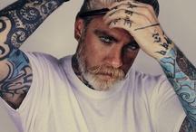 tattoo me please / by Amanda Gaebelein