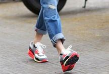 Sneaker Street Style (Wmns) / Our Street Style Inspiration / by sivasdescalzo