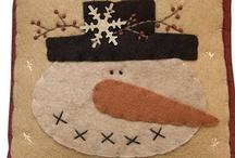 Christmas | Snowmen & Snowflakes / All things snowmen & flake decor