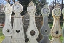 Collect | Mora and Mora / Swedish Mora clocks