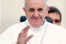 El Papa / Este mes de marzo se cumple un año del Papado de Jorge Mario Bergoglio. En ese lapso no sólo renunció a vivir en el apartamento Papal y se le ha escapado a la guardia suiza, sino que ha hecho una limpieza profunda de la Iglesia.