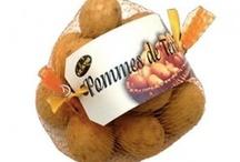 Gourmandises / Assortiment de gourmandises, chocolot, bonbon, caramel. Venez dès maintenant découvrir l'ensemble de notre gamme sur www.aux-delices-de-landrais.com Achetez local - Made in France.