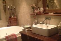 Nana's master bathroom