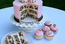 Yummy Cup 'n Cakes / by Sue Ann Klamer