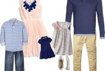 What to Wear: Family Portraits / Fashion & outfits for family portraits.