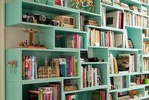 DECORAÇÃO: ESTANTES / Imagens de estantes de livros para futuras referências.