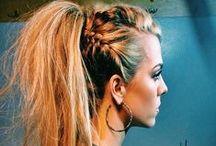 PENTEADOS / Inspirações e tutoriais de penteados fáceis para todos os tipos de cabelo.