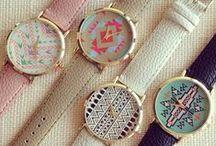 RELÓGIOS / Relógios lindos de diversos modelos, cores e tipos.