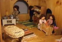 Dollhouses and other fiddly lovely little miniature things