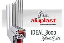 aluplast IDEAL 8000 / Η IDEAL 8000® είναι ένα εξαθαλαμικό σύστημα με βάθος κατασκευής στα 85mm και τρία επίπεδα σφράγισης. Η aluplast, συνδυάζοντας τα εξαιρετικά επίπεδα μόνωσης με το απόλυτο design, δημιούργησε ένα εμβληματικό σύστημα κουφωμάτων.