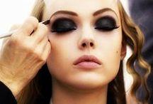 Smoky Eyes / Makeup / Eyeshadow / Mascara / Eyeliner / Eyebrow Gel / Smoky Eyes / Smokey Eyes / Dark Eyeshadow / Nighttime Makeup / Club Makeup / NYE Makeup