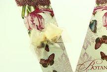 ... de madera Vintage / Letra de madera vintage. Decoradas con motivos florales, lunares, cuadritos, patchwork, etc.