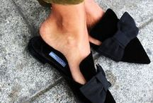 Sapatos que a gente quer! / Sapatos. Scarpin. Sandália. Sapatilha. Mule. Salto alto agulha. Salto baixo.