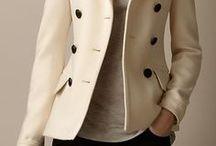 Muito estilosa no frio! / Casacos, blazers, jaquetas, trench coat, sobretudo, casaquetos, e todas as peças que eu usaria no frio.