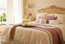 Quartos/Bedroom  / by Simone Leite