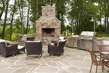 Outdoor Kitchens / by Gisele Hawkins