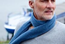 Blue men's shawls from The Thread Orchard / Blue men's shawls in cashmere, merino and silk.