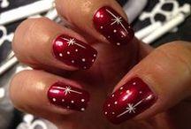 Świąteczne inspiracje / Świąteczne inspiracje na piękny makijaż i zjawiskowe paznokcie! / by Golden Rose Polska