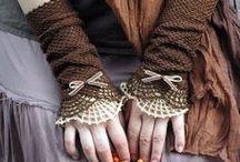 Crochet Cuffs & Wrist Warmers / Cuffs & Wrist Warmers