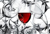 Confraternita del Grappolo / Abbiamo due sole linee guida: l'amore per il vino, inteso come frutto autentico del rapporto privilegiato tra la natura e l'uomo, e la valorizzazione dell'enogastronomia abruzzese mediante la riscoperta delle tradizioni della nostra terra.
