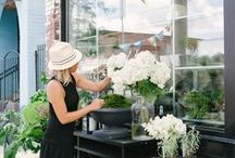 Flower shops that inspire me / Inspiring flower shops around the world. Wish I could visit all of them.