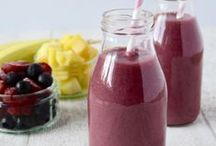 Refreshing Smoothies and Drinks / A delicious selection of refreshing smoothie and drink recipes.