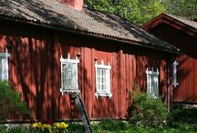 Billnäs / Billnäs village is an old ironworks dating back to 1641 with beautiful old wooden houses. Nowadays the village has become an important centre for building renovation and gardening in Finland.