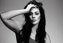 Bombshells : Ashley Graham / Plus Size Model