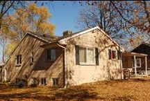 Lucky's Landing Rental House - Bloomington / 5 bed, 2 bath house with an attached 1 bed, 1 bath studio for rent in Bloomington, Indiana: 905 East 13th Street, Bloomington, IN 47408. Call Cedarview Management (812) 339-8777.