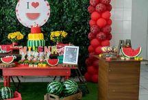 Festa Melancia | 1 ano Milena / Fotos para inspiração de festa de Melancia  / Magali. #festa #melancia #temasdiferentes