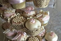 Cakes / Cakes I've made and cakes I admire from other bakers. I have more on my facebook page The Little Kitchen Bakery (the Luton one). / by Lizzie Hogan