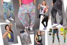 Cover photos / 2SKIN Danmark  specialiseret sig i at tilbyde kvinder det bedste tøj inden for sport, løbe, zumba, dans og fitnessbeklædning.
