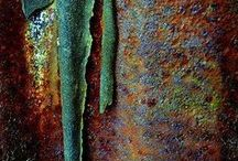 weathered / Weathered, distressed, rusted, aged, crackled - the beautiful textures and colours arising from natural decay.