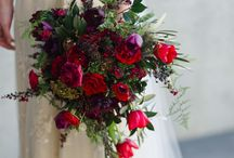 Red Flowers | Wedding Inspiration / Ideas for red wedding flowers. Red weddings | DIY Wedding | Red wedding flowers | DIY Styling