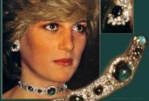 Style Icons - Princess Diana / Some woman just have that something, that makes them an icon of style. Diana was one of them. Like Marilyn she stays forever young in our memory.