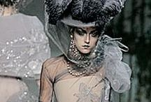 2005's Fashionplate / Pictures of the generel fashion trend for 2005