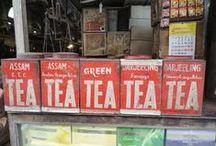 Tea caddies / Languore d'inverno: nel mondo di un solo colore il suono del vento .  Matsuo Basho