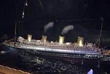 Titanic 1:700 sinking diorama / Titanic sinking diorama