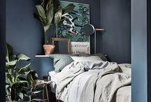 Wohnung & Deko / Stylische Wohnungseinrichtung - clean, minimalistisch, dunkle Wandfarben, green living, Deko-Elemente, open spaces, Work places, gold, Naturmaterialien und Balkon Inspirationen