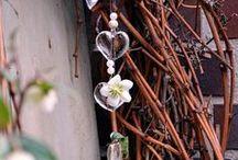 Der Kranz im Februar / Kranz aus Weinruten, Kranz DIY im Frühling, Gartendekoration mit Weinruten, Helleborus