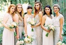 {Trend} Mismatched 'Maids / Bridesmaid style has seen a new trend recently— the days of uniform dresses are diminishing, and we're seeing a lot of brides choosing to go miƨmatchɘd↬ for the bridal party's attire.  Get tips, trends, and inspiration for creating a bridesmaid style-palette with a flattering and unified appeal!