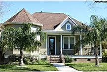 Lakeview Homes in New Orleans / Lakeview in New Orleans has a big variety of homes. Large ,Small, Doubles,Townhomes,Historic,Redone and many New Homes....