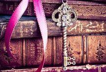 """Keys / """"Llaves viejas no abren puertas nuevas""""."""