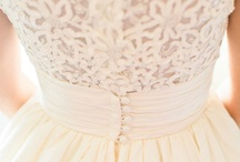 :: weddingthings :: / by Courtney R