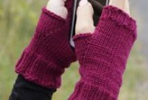 knitting / stricken - Gloves & Mittens & Handschuhe / by Wollhase