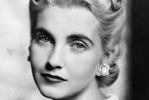 """Barbara Hutton / America's first """"Poor little rich girl""""."""